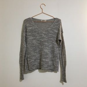 3/25 Hollister V Neck Knitted Sweater Size XS/S